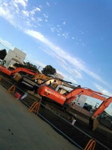 建設現場の重機「ユンボ」